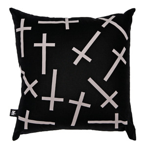 CC-008 -CROSS-
